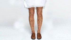 Bacaklarının Kıllı Görünmesini İsteyenler Bu Taytı Giyiyor! İşte 'Yok Artık!' Dedirten Tuhaf Moda Akımları