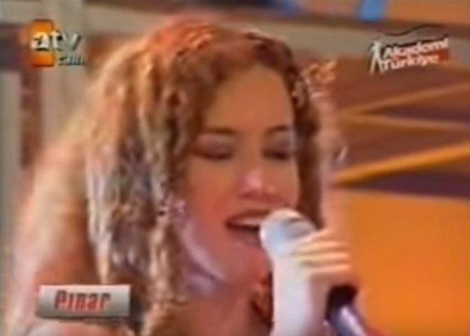 Arka Sokaklar'ın Pınar'ı Bakın Şimdi Ne İş Yapıyor!