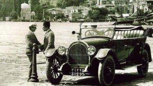 İstanbul'un Sakin İlçesiydi, Şimdilerde İğne Atsan Yere Düşmüyor! Eski Güzel İstanbul'dan Kareler