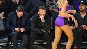 David Beckham, Gözünü Amigo Kızlardan Alamadı!