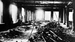 Fabrikaya Kilitlenen 129 Kadın İşçi, Çıkan Yangında Hayatını Kaybetti!