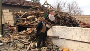 Evleri Yerle Bir Etti! İşte 5,5 Şiddetindeki Depremden Sonra İlk Görüntüler