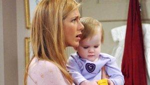 90'ların Efsane Dizisi Friends'te Ross ve Rachel'ın Bebeklerine Bir de Şimdi Bakın
