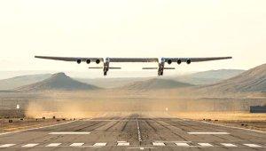 Dünyanın En Büyük Uçağı Havalandı!
