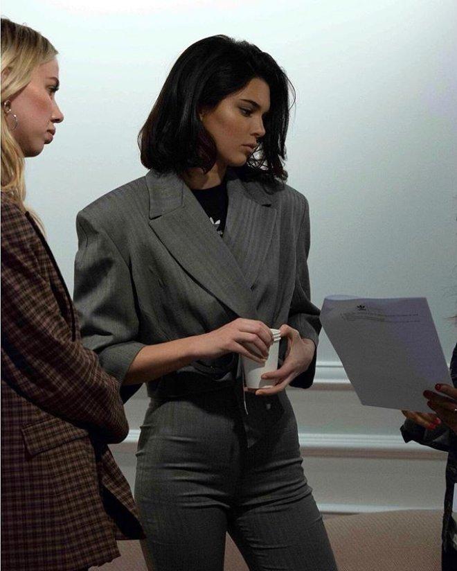 Güzelliğiyle Büyüleyen Kendall Jenner'a, Başbakan Torunu Talip Oldu!