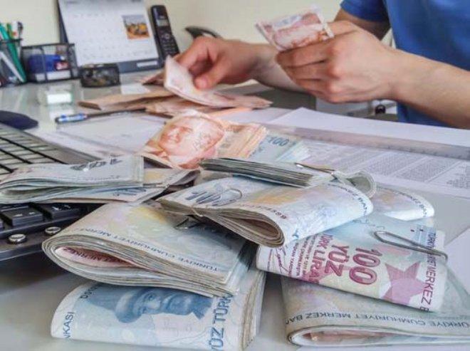 Milyonlar Heyecanla Bekliyor! Eşi Çalışmayanın Maaşı 344 Lira Artacak