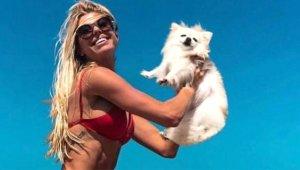 Dünyaca Ünlü Model Denize Düşen Köpeklerini Kurtarayım Derken Canından Oldu!