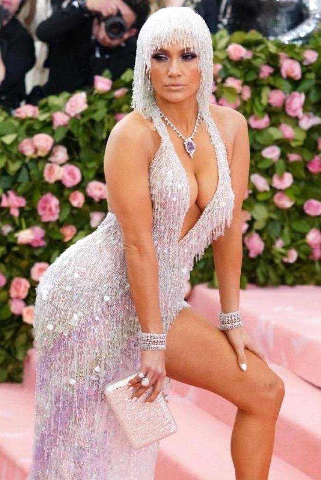 Jennifer Lopez, MET Gala Öncesi Ağlama Krizine Girdi! Bakın Sebebi Ne