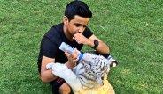 Henüz 16 Yaşında ama Paraya Para Demiyor! Evinde Hayvanat Bahçesi Bile Var