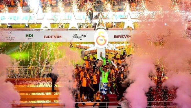 Galatasaray gerileyerek sonuncu oldu!