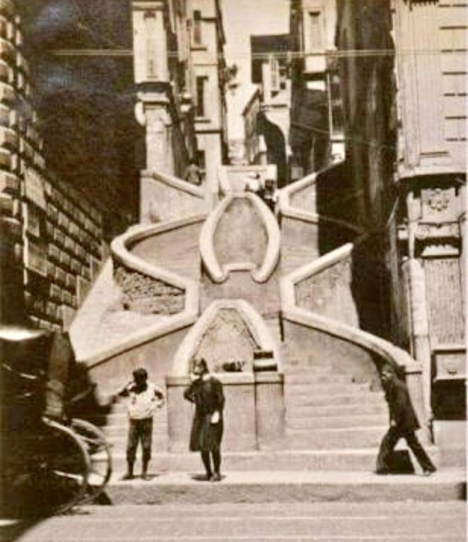 Bankalar Caddesi, Kamondo merdivenleri / 1920'ler