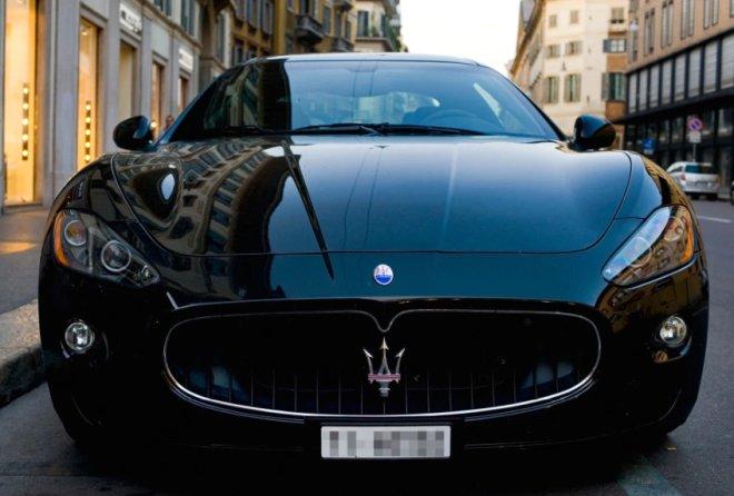 Futbolun küçük şeytanı Griezmann'ın, 6,3 milyonluk araba koleksiyonu!