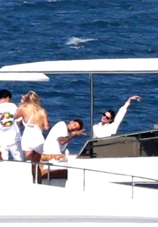 Kendall Jenner yeni sevgilisini de NBA'den buldu!