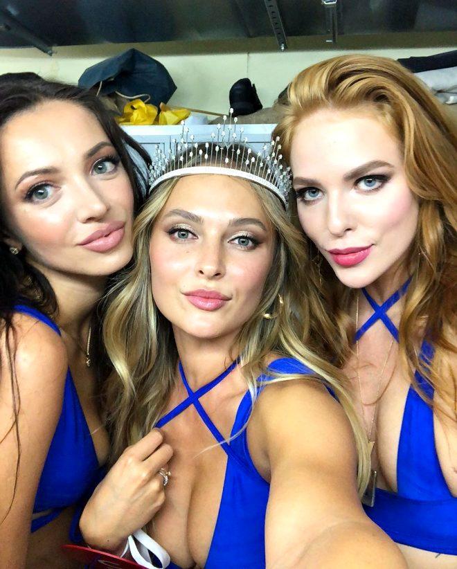 Rusya güzelini seçti! Bir bakan dönüp bir daha bakıyor