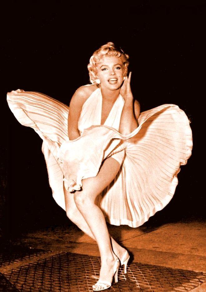 Güzelliğiyle bir döneme damga vuran Marilyn Monroe'nun cesediyle ilgili şoke eden gerçek, yıllar sonra ortaya çıktı!