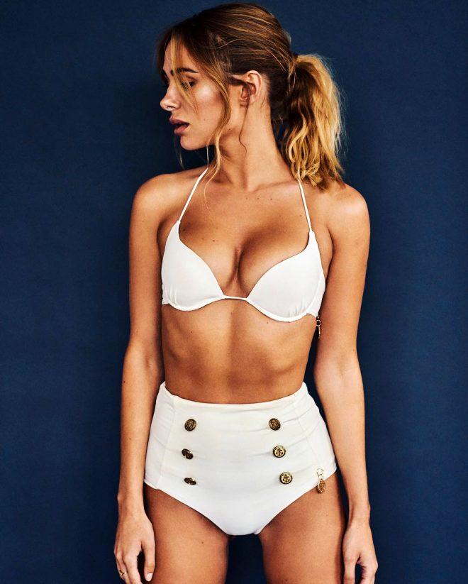 Dünyaca ünlü tasarımcı Kimberley Garner, bikinili pozlarıyla kendine hayran bıraktı!