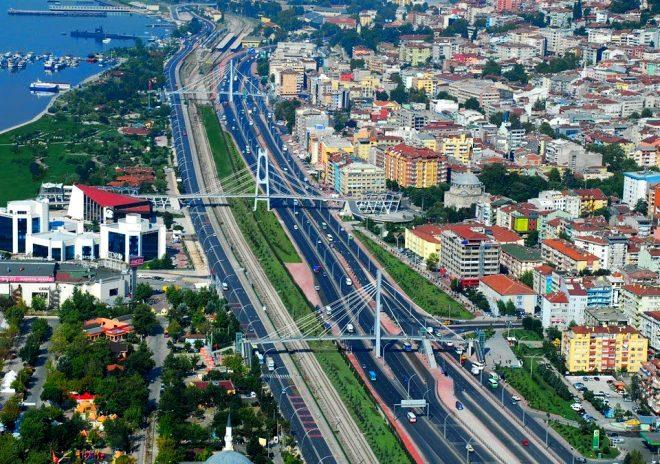 Türkiye'de kadınların en çok selfie çektiği şehir belirlendi! Sonuç şaşırttı