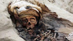 Kan donduran keşif! Ayine kurban giden 227 çocuk iskeleti bulundu