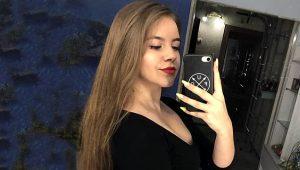 Tüfekle selfie çekmeye çalışan 17 yaşındaki kızın yüzü, tüfeğin ateş alması sonucu paramparça oldu!