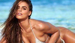 Güzelliğiyle büyüleyen ABD'li model, internetten yapılan oylamayla yılın çaylağı seçildi!