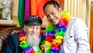 96 yaşındaki İkinci Dünya Savaşı gazisi eşcinsel evlilik yaptı!