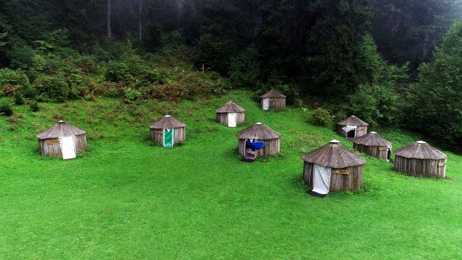 Tesisteki otantik çadırlara 24 Oğuz boyunun adı verildi