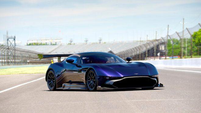 Aston Martin Vulcan – 2,3 milyon dolar