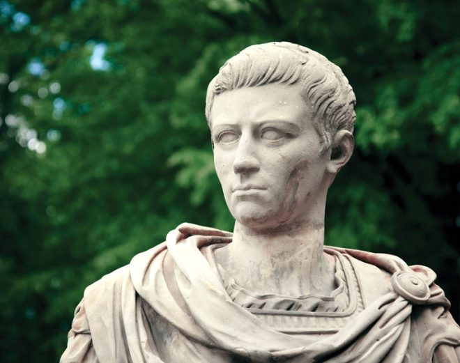 Cinsel ilişkiye girdiği kadınların boynunu koparırdı! İşte tarihin en sapkın imparatoru Caligula ve hayatı