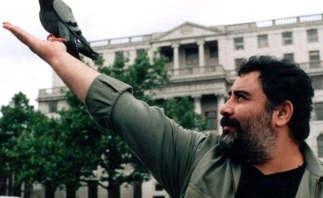 İki Gözüm filminde Ahmet Kaya'yı canlandıracak oyuncunun, usta sanatçıya benzerliği şaşırttı!