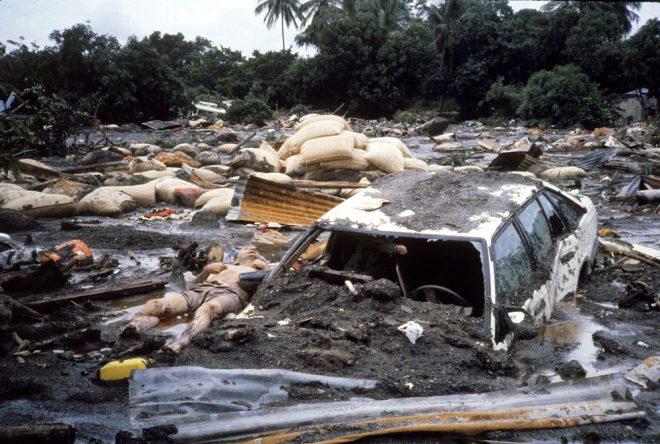 Yanardağ patlayınca enkazın altında kaldı! 60 saat boyunca suyun içinde ölümü bekledi