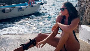 Sosyetik güzel Eda Taşpınar, tatil pozlarıyla sosyal medyayı sallıyor!