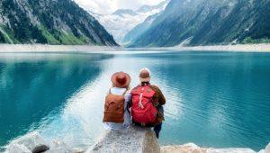 Ayda 9 bin lira maaşla dünyayı gezecek 2 kişi aranıyor!
