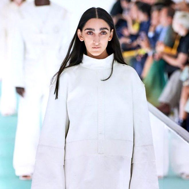 Gucci'nin yeni modeli dış görünüşüyle Twitter'da linç edildi!