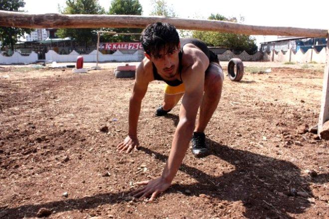 Diyarbakır'ın göbeğine Survivor parkuru kurdu! Tek hayali yarışmaya katılmak