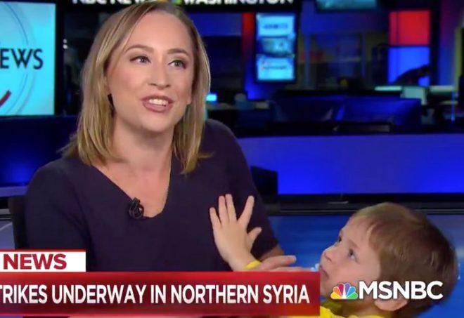Amerikalı spiker, canlı yayında zor anlar yaşadı! Her şey Türkiye'nin Barış Pınarı Harekatı haberini sunarken oldu