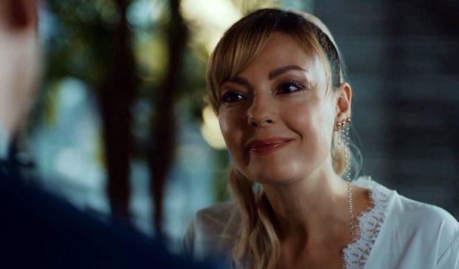 Mucize Doktor'un sinsi Kıvılcım'ını hiç böyle görmediniz! Cesur pozlarıyla yürek hoplatıyor