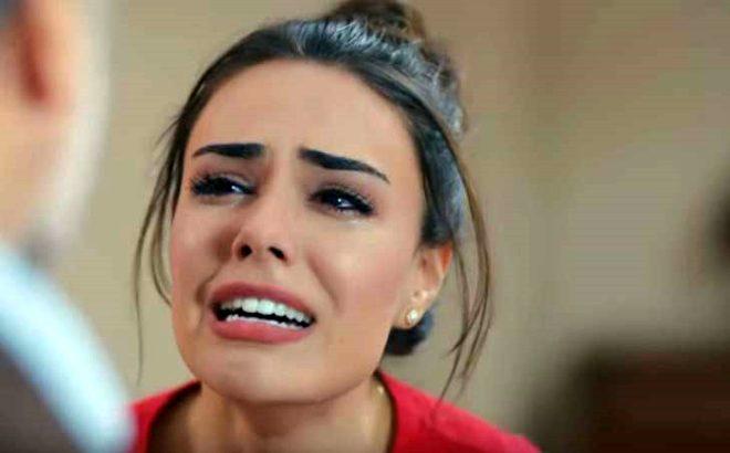 Kimse Bilmez'in güzeller güzeli Sevda'sı, cesur pozlarıyla Instagram'ı kasıp kavuruyor!