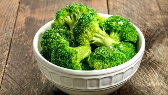 Günde yalnızca bir avucu bile kansere kalkan oluyor! İşte kansere savaş açan 10 besin