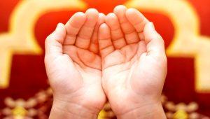 Cuma namazından sonra bu duayı okuyanların günahları affoluyor!