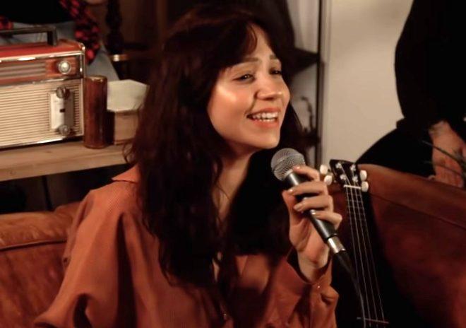 Ünlü şarkıcı Zeynep Bastık'ın estetiksiz hali sosyal medyada olay oldu!