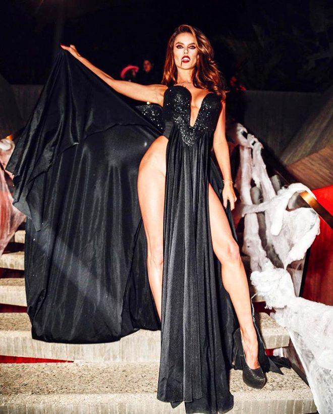 Güzel modelin Cadılar Bayramı frikiği tartışma yarattı!