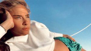 8 aylık hamile Müge Boz, 'Daha çekici hissediyorum' diyerek iç çamaşırlı poz verdi!