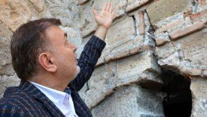 4 bin yıllık tarihi kalede korkutan görüntü! Ölüm saçıyor