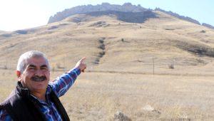 Sivas'ta şaşkına çeviren görüntü! Gören 'Çin Seddi gibi' diyor