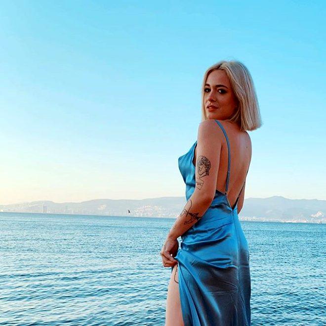 Acun'un yeni bombası Exatlon'un çılgın sarışını Zeynep Aleyna Şen'in bikinili pozları Instagram'ı sallıyor