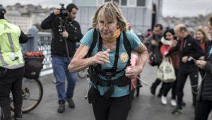 'Çocuklara yardım' için İngiltere'den yola çıktı, koşarak 1 yılda İstanbul'a vardı!