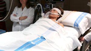 Öldü sandılar! 6,5 saat kalbi duran kadın hayata döndü