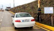 Erzurum'da gizemli yol! Boşta bırakılan araçlar kendi kendine yokuş çıkıyor