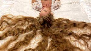 Ukraynalı genç kız, 5 yaşından beri uzattığı saçlarıyla görenleri şaşkına çeviriyor!