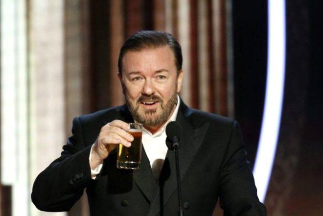 İngiliz komedyen Altın Küre'de açtı ağzını yumdu gözünü! Apple CEO'sunu önce övdü sonra gömdü